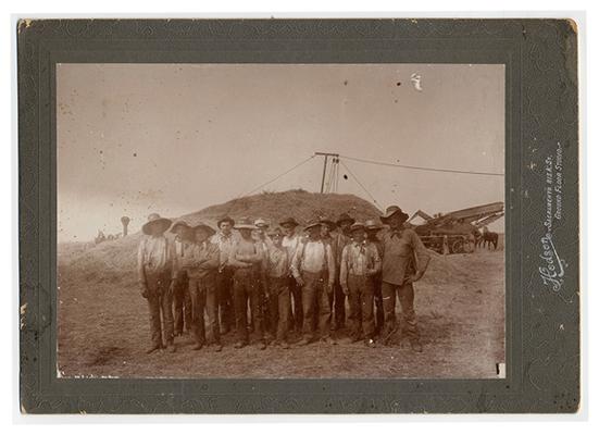 LVC-1922_fam_photo